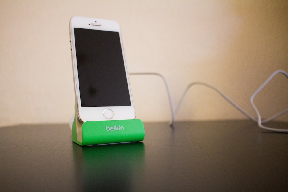Belkin Dock iPhone 5S-2
